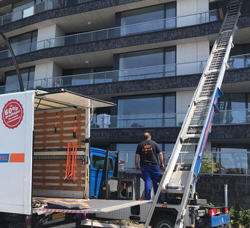 Verhuislift huren in Amsterdam
